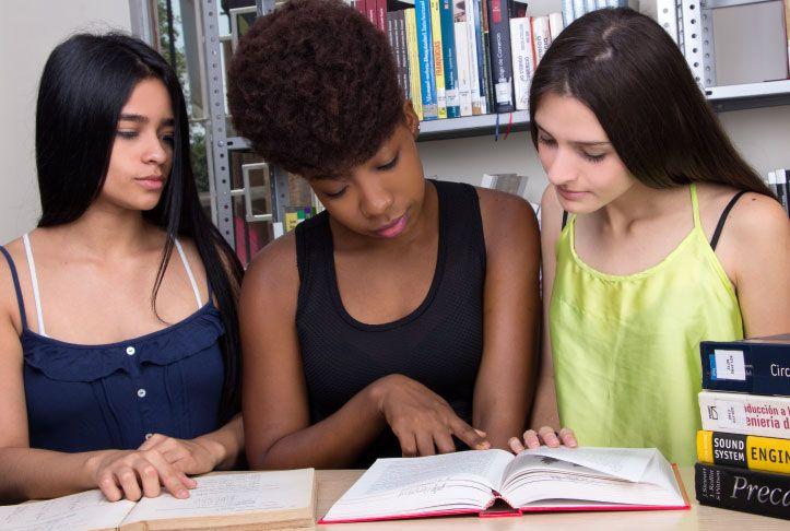 Estudiantes Posgrado Derechos Humanos UNICATÓLICA