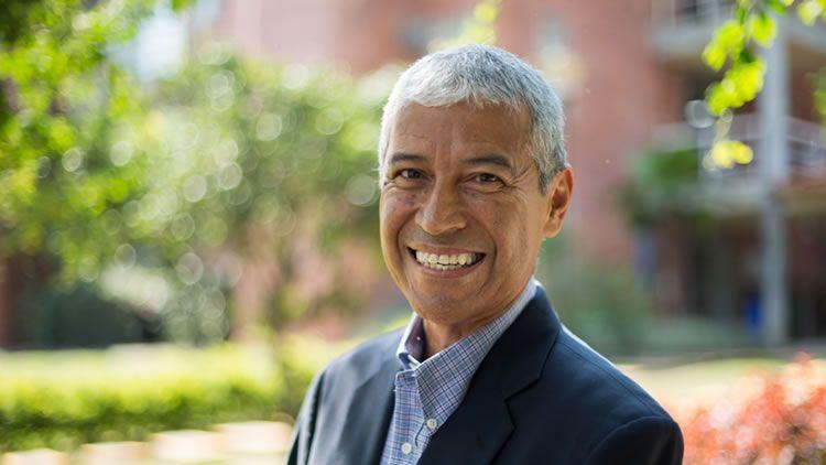 Harold Enrique Banguero Rector de UNICATÓLICA