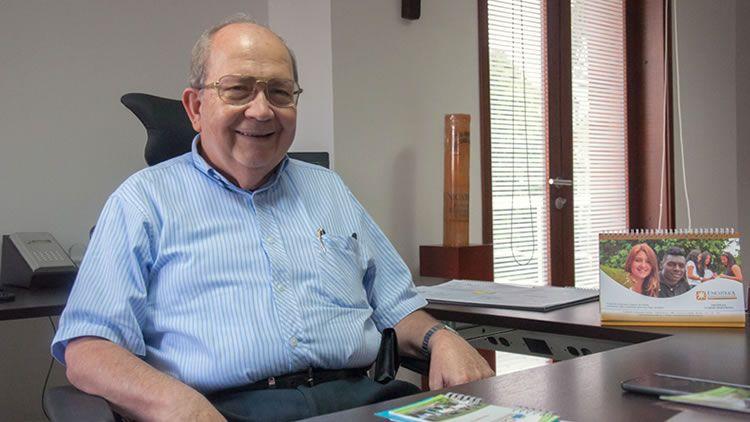 Pbro. Carlos Alfonso López Antolínez