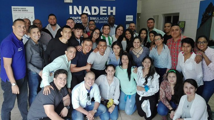 Pasantía internacional en la QLU de Panamá