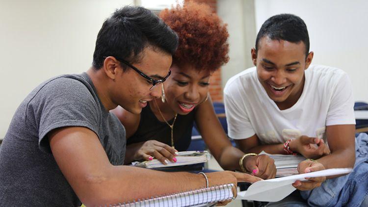 ¿Por qué estudiar en UNICATÓLICA?