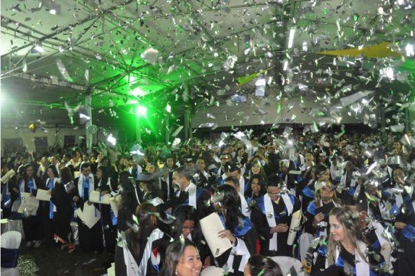 Ceremonia Grados UNICATÓLICA 2012-1