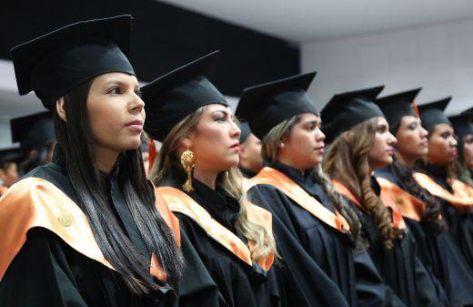 Graduados UNICATÓLICA